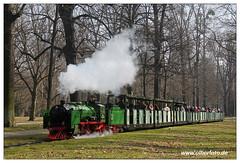 Parkeisenbahn Dresden - 2018-07 (olherfoto) Tags: bahn eisenbahn schmalspurbahn parkbahn parkeisenbahn dresden vasut kisvasut dampf dampflok dampfzug rail railway railroad narrowgauge steam train