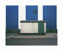 box and stripes (ha*voc) Tags: mamiya7ii 65mm rangefinder film 120 mediumformat 6x7 fujipro400h urban urbanfragments urbanabstraction zaandam achtersluispolder mundane abstraction corrugation silence empty