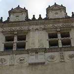 Fenêtres Renaissance, Cour d'honneur, château royal, Pau, Béarn, Pyrénées Atlantiques, Aquitaine, France. thumbnail