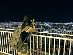 Las vegas (Jess Gastaldi) Tags: sky lights lasvegas nevada usa stratosphere city night view