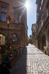 The streets of... Lyon #1 (richardtostain) Tags: street rue lyon guignol old vieux renaissance pavés soleil sun counterlight contrejour sony a7ii pentax fa limited 43mm f19