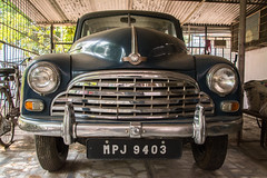 Jabalpur, India 2017-16-2 (anuradhadeacon-varma) Tags: ambassadorcar hindustaniambassadorcar chrome vintageauto car madhyapradesh hindustanicar vintagecar 2017 india jabalpur india2017