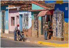 Shopping in Trinidad (kurtwolf303) Tags: 2015 cuba fahrrad strase buildings streetphotography strasenfotografie bicycle people personen shopping store kuba karibik caribbean olympusem5 omd microfourthirds micro43 systemcamera mirrorlesscamera spiegellos mft kurtwolf303 urbanlifeinmetropolis