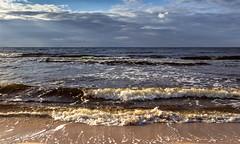 Baltic (bożenabożena) Tags: landscape watersea waves sky sea baltic krajobraz morze fale bałtyk poland 2018
