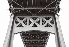 T r i b o r o (0sire) Tags: monochrome blackandwhite bw queens nyc newyorkcity triboroughbridge robertfkennedybridge bridge astoria randallsandwardsislands