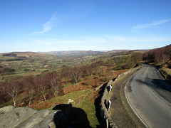Hope Valley from Surprise View, March 2018 (Dave_Johnson) Tags: surpriseview surprise view road mamtor loosehill winhill kinderscout hathersage castleton hope shatton bamford peakdistrict nationalpark peaks hills derbyshire longshaw longshawestate hopevalley stanageedge stanage bamfordedge edge derwentvalley