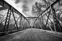 Antiguo Puente (Jose_edit) Tags: antiguo puente arganda niii bn bridge puentes vaciamadrid rivas estructura edificio arquitectura celosía aire libre borde para fotos infraestructura hierro