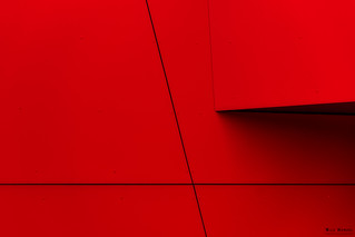 simply red & lines