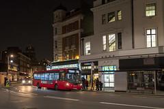 London United DLE30056 SN17MVE route 70 South Kensington (TfLbuses) Tags: tfl public transport for london red buses alexander dennis enviro 200 mmc ratp united