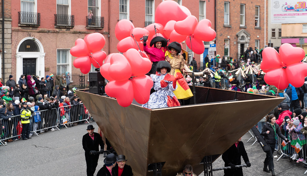 HOME IS WHERE ME HEART IS - CITY FUSION [SAINT PATRICKS DAY PARADE IN DUBLIN]-137650