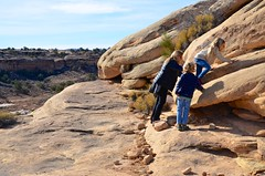 Sue & The Kids On The Slickrock Trail (Joe Shlabotnik) Tags: proudparents nationalpark utah hiking violet 2017 sue canyonlands everett november2017 canyonlandsnationalpark afsdxvrzoomnikkor18105mmf3556ged
