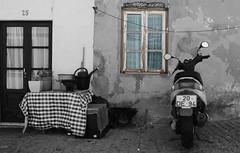 Sines (hans pohl) Tags: alentejo sines portugal architecture fenêtres windows portes doors façades noiretblanccoloré blackandwhite recoloured