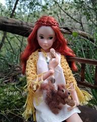 Ninjin & Alvin (Karine'S HCF (Handmade Clothing & Furniture)) Tags: momoko doll naturaleza nature pelirroja ardilla
