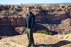 Peter On The Slickrock Trail (Joe Shlabotnik) Tags: november2017 nationalpark utah hiking 2017 canyonlands peter justpeter canyonlandsnationalpark afsdxvrzoomnikkor18105mmf3556ged