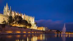 Catedral de Santa María - Blaue Stunde (oliver_hb) Tags: kathedrale palma mallorca blauestunde
