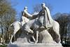 Monument aux Spahis (frediquessy) Tags: paullandowski sculpture monumentauxmorts oise senlis guerre picardie soldat cheval maroc casablanca spahi