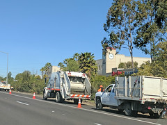 Caltrans Garbage Truck 3-29-18 (1) (Photo Nut 2011) Tags: california wastedisposal junk garbage trash sanitation garbagetruck trashtruck refuse waste caltrans sandiego sanmarcos