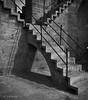 Juego de sombras (Colector_Col) Tags: torre piedra escaleras valencia