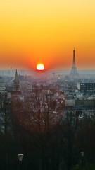 539 Paris en Février 2018 - rue Piat, Belvédère de Belleville (paspog) Tags: paris france belleville ruepiat belvédèredebelleville février february februar 2018 sunset coucherdesoleil parc belvédère parcdebelleville