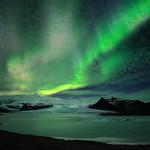 Green lights over Fjallsarlon thumbnail