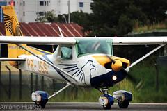 Cessna C152, PR-JSS (Antônio A. Huergo de Carvalho) Tags: cessna cessna152 c152 prjss aeroclubedoparaná aviation aircraft airplane aviação avião aviaçãogeral