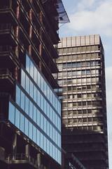 20180329-DSC3431 (A/D-Wandler) Tags: hochhaus wolkenkratzer skyline architektur gebäude fassade fenster ibcf omniturm reflektion himmel linien geometrisch frankfurtammain bankenviertel grosegallusstrase