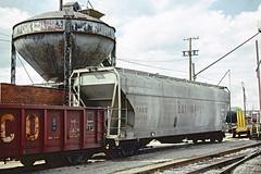 CB&Q Class LO-8B 185193 (Chuck Zeiler) Tags: cbq class lo8b 185193 burlington railroad covered hiopper freight car saintlouis train chuckzeiler chz