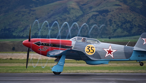 Yak 3 propeller vortices