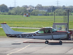 G-BPUM Cessna 182RG Private (Aircaft @ Gloucestershire Airport By James) Tags: gloucestershire airport gbpum cessna 182rg private egbj james lloyds