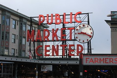IMG_5422 (avsfan1321) Tags: seattle washington washingtonstate usa unitedstates unitedstatesofamerica pikeplace fishmarket sign neon
