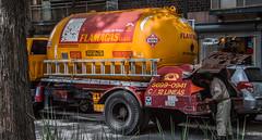 2018 - Mexico City - Condesa - FLAMAGAS (Ted's photos - For Me & You) Tags: 2018 cdmx cityofmexico cropped mexico mexicocity nikon nikond750 nikonfx tedmcgrath tedsphotos tedsphotosmexico vignetting condesa coloniacondesa truck gastruck naturalgas naturalgastruck cylinder ladder wheels flamagas calordehogar liquefiedpetroleumgas lpg red redrule