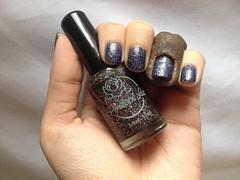 Delirium (Penélope Luz) (Daniela nailwear) Tags: delirium penelopeluz preto glitter esmaltes mãofeita