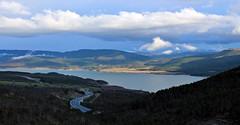 Yesa (Gurutx) Tags: pantano spain aragón zaragoza agua ura wather mountain montaña campo europe europa españa yesa nubes nuages verde azul blue road carretera