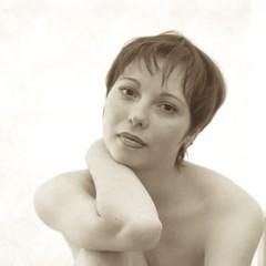 Curious, Close (stillphototheater) Tags: 1999 modesttopless novosibirskrussia stillphototheater tanya topless