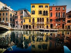 Reflection (Michele Naro) Tags: veneto venetien venezia venice venedig italien italy italia italie iamnikon nikond610 samyang14mmf28