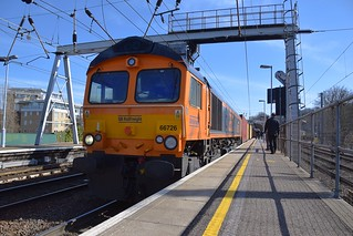 GBRf Loco 66726 sits at the head of a Hams Hall - Felixstowe Intermodal service at Ipswich, waiting a green light to move. 14 03 2018