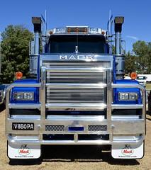Superliner series 2 (quarterdeck888) Tags: trucks transport semi class8 overtheroad lorry heavyhaulage cartage haulage bigrig jerilderietrucks jerilderietruckphotos nikon d7100 frosty flickr quarterdeck quarterdeckphotos roadtransport highwaytrucks australiantransport australiantrucks aussietrucks heavyvehicle express expressfreight logistics freightmanagement outbacktrucks truckies superliner series2 mack macktrucks mackmuster