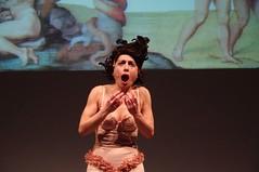 IMGP4995 (i'gore) Tags: montemurlo teatro fts salabanti fondazionetoscanaspettacolo donna donne libertà felicità ritapelusio satira ironia marcorampoldi pemhabitatteatrali