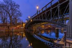 Berlin - Lichtensteinbrücke (ThoBra69) Tags: lichtensteinbrücke berlin blauestunde wasser brücke hdr kanal landwehrkanal