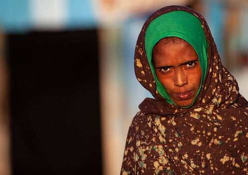 Portrait of a somali woman in the street, Woqooyi Galbeed region, Hargeisa, Somaliland