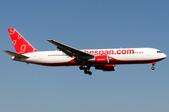 Flyglobespan | Boeing 767-300ER | G-CDPT | London Gatwick (Dennis HKG) Tags: flyglobespan globespan y2 gsm aircraft airplane airport plane planespotting canon 30d 70200 london gatwick egkk lgw boeing 767 767300 boeing767 boeing767300 767300er boeing767300er gcdpt