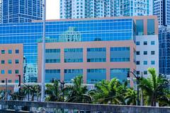 Miami (HWW) (KPPG) Tags: miami usa unitedstates buildings skyscraper skyline reflections gebäudekomplex gebäude spiegelungen fenster windows hww architektur architecture cof021ally