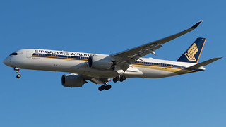 BCN - Singapore Airlines Airbus A350-900 9V-SMS