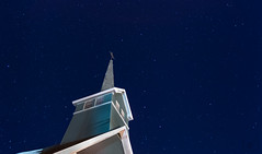 Pray to the stars (Luc Dobigeon) Tags: stars etoiles church perspective sky night nightphotography nightsky ciel nuit cloudless lights historic historical historique eglise longexposure québec quebec tewkesbury canada travel voyage tourisme tourism