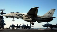 grumman image (San Diego Air & Space Museum Archives) Tags: aircraft f14dtomcat tomcat blacklions usstheodoreroosevelt cvn71 cvw8 norfolk virginia unitedstates va usa 060109n9362d001 ph3randalldamm usstheodorerooseveltcvn71 vf213 navy unclassified aviation airplane militaryaviation navalaviation unitedstatesnavy usnavy usn grumman grummanf14tomcat grummanf14 f14tomcat grummantomcat f14 grummanf14dtomcat grummanf14d f14d generalelectric ge generalelectricf110 gef110 f110 f110ge400