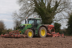 John Deere 6175R Tractor with a Kuhn LC402 Venta Seed Drill, Kuhn Power Harrow & HEVA Front-Pakker Front Press (Shane Casey CK25) Tags: john deere 6175r tractor kuhn lc402 venta seed drill power harrow heva frontpakker front press green jd castlelyons spring barley springbarley traktor trekker traktori tracteur trator ciągnik sow sowing set setting drilling tillage till tilling plant planting crop crops cereal cereals county cork ireland irish farm farmer farming agri agriculture contractor field ground soil dirt earth dust work working horse horsepower hp pull pulling machine machinery grow growing nikon d7200