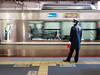 P1020325 (Mickey Huang) Tags: panasonic gx7 mk2 gx80 gx85 lumix g 20mm f17 mft m43 kyoto japan 京都 日本 station platform snap jr train travel 旅行