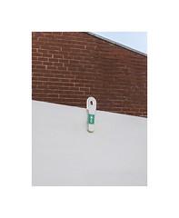 1070219 (ufuk tozelik) Tags: ufuktozelik wall bricks simple green white urban city
