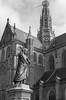 Laurens Janszoon Coster (mtux) Tags: sculpture laurensjanszooncoster kerk church haarlem monument grotekerk blackandwhite statue grotemarkt