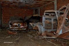 l'abbandono (riccardo nassisi) Tags: auto abbandonata abandoned rust rusty rottame relitto ruggine ruins rottami scrap scrapyard epave fornace alfa romeo fiat lancia urbex decay